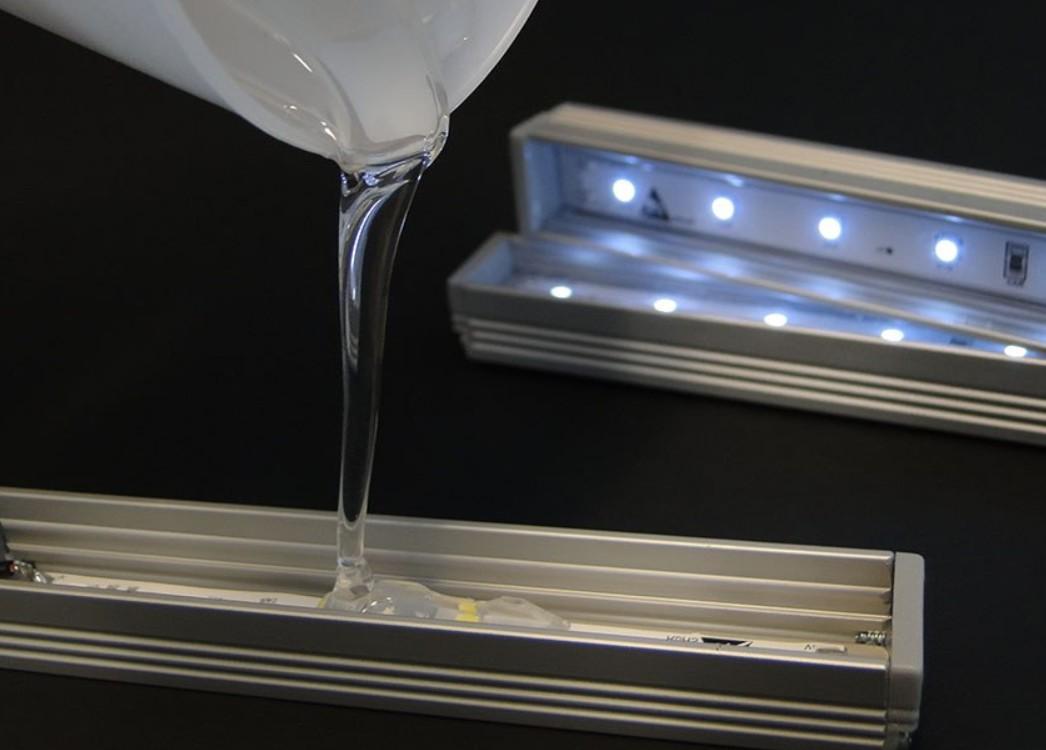 聚氨酯胶黏剂/pu胶的分类之按照反应固化的组分进行分类